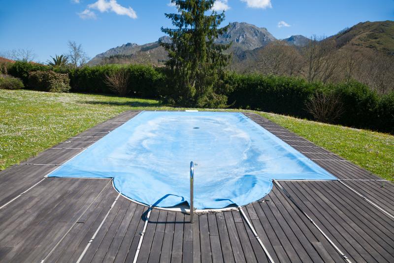 pool-tarp